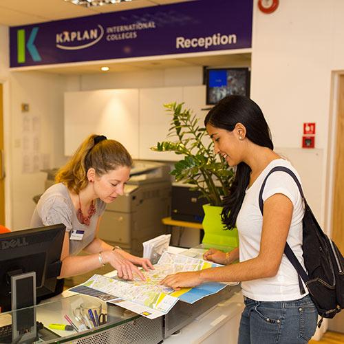Representantes de Kaplan international en Chile